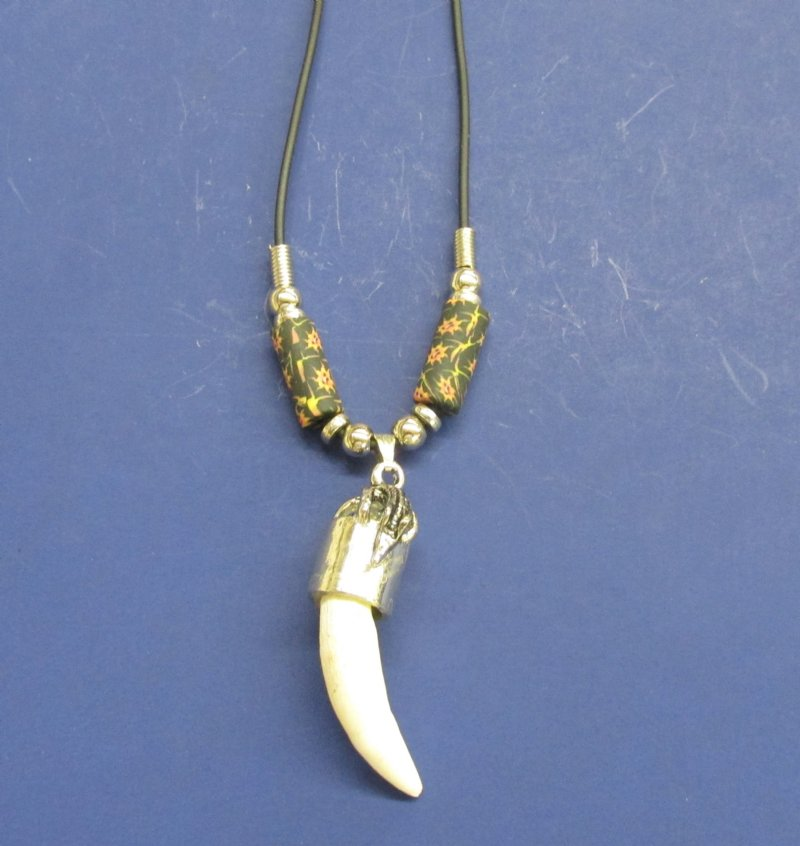 Crocodile Tooth Necklace: Wholesale Alligator Tooth Necklaces With Black And Gold