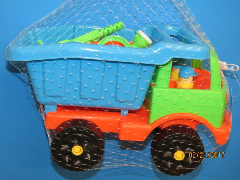 14 inches wholesale beach toy dump truck filled with sand toys case of 8 970 - Toy Dump Trucks